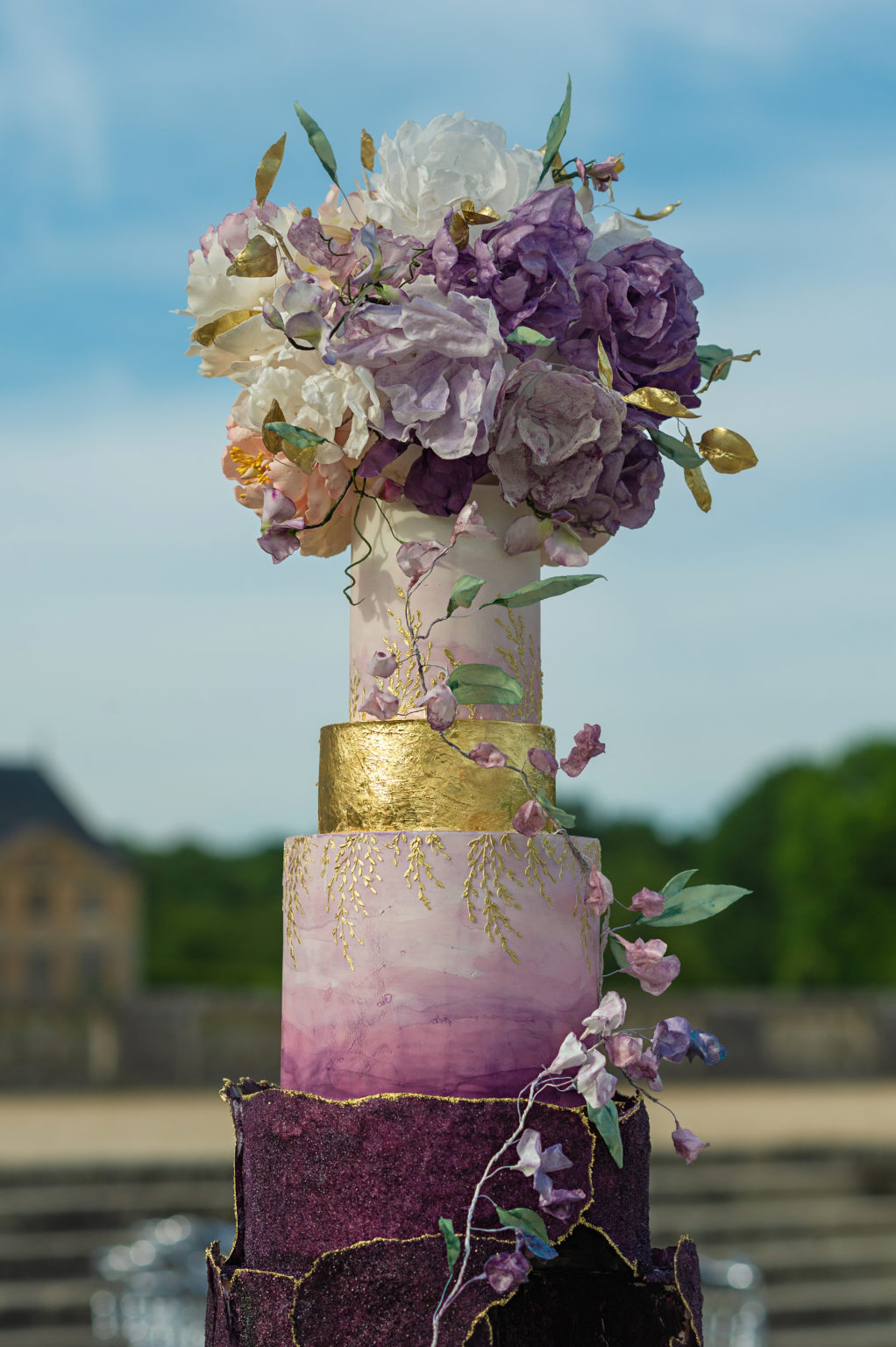 Luxury Wedding Cake at Château de Vaux le Vicomte, Bouchra Sugar Designer