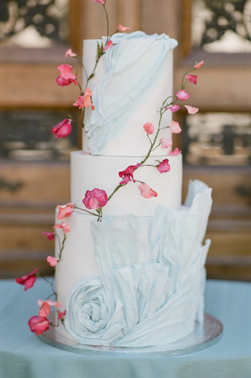 Luxury Wedding Cake in Provence, Bouchra Sugar Designer