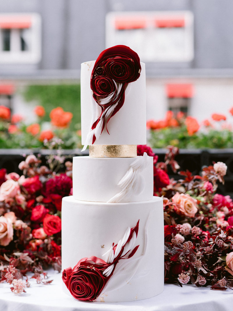 Editorial Plaza Athénée, Wedding cake Fashion Paris, Fashion Week, Dior, Bouchra Sugar Designer