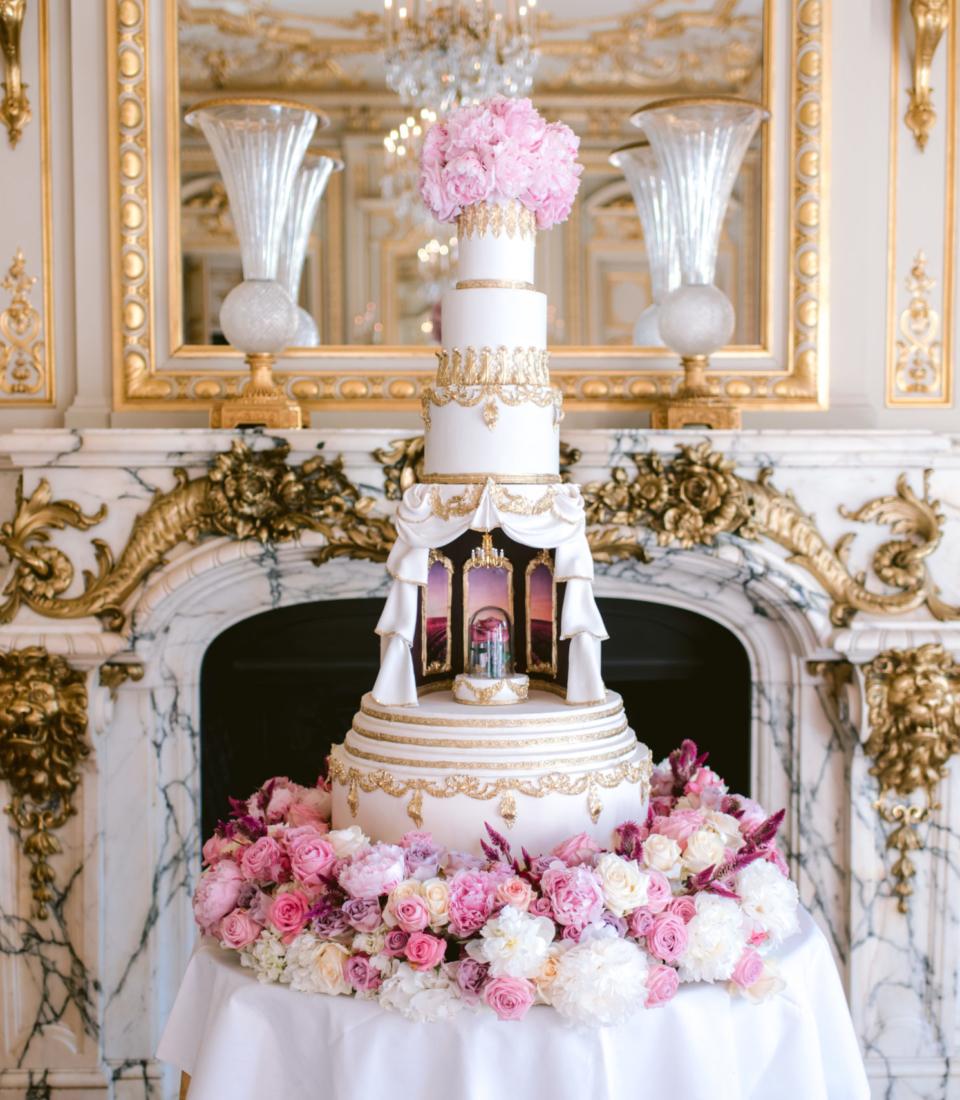 Wedding cake, Luxury, Shangri La Paris, Bouchra Sugar Designer